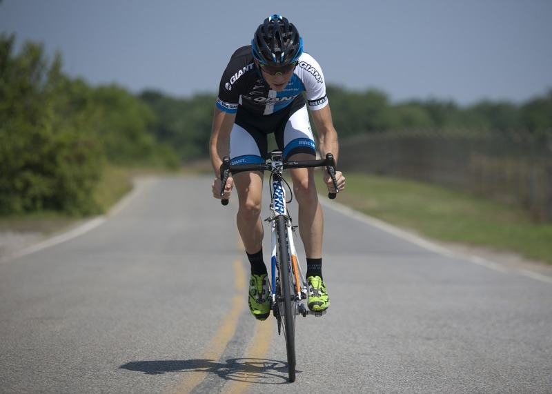 cycling-1813444_1280-1